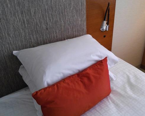 ニセコ ノーザンリゾートアンヌプリ ホテル お部屋 枕