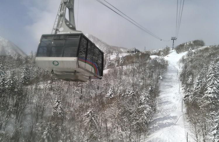 富良野ロープウェイ 富良野スキー場 コース 口コミ ツアー アクセス バックカントリー