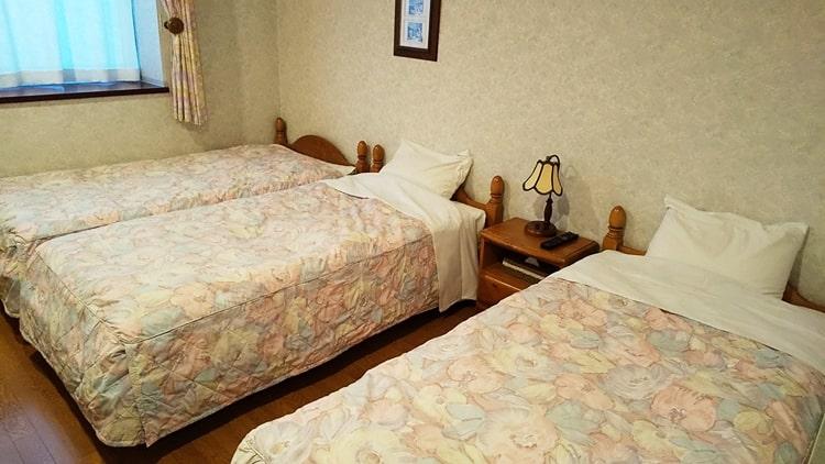 丸沼スキー場 リージェントハウス 宿泊 ベッド ホテル ペンション村 おすすめ