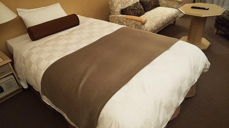 ルスツリゾート ホテル ベッド,シモンズ,ノース&サウスウイング,口コミ,部屋